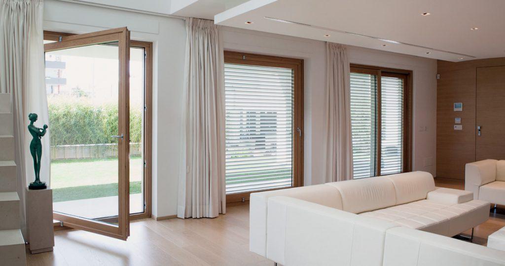 Infissi legno alluminio porte blindate e finestre cagliari margagliotti - Finestre alluminio e legno ...